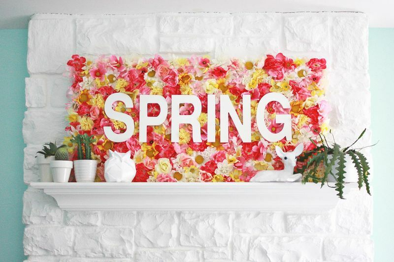 spring crafts floral sign that reads Spring