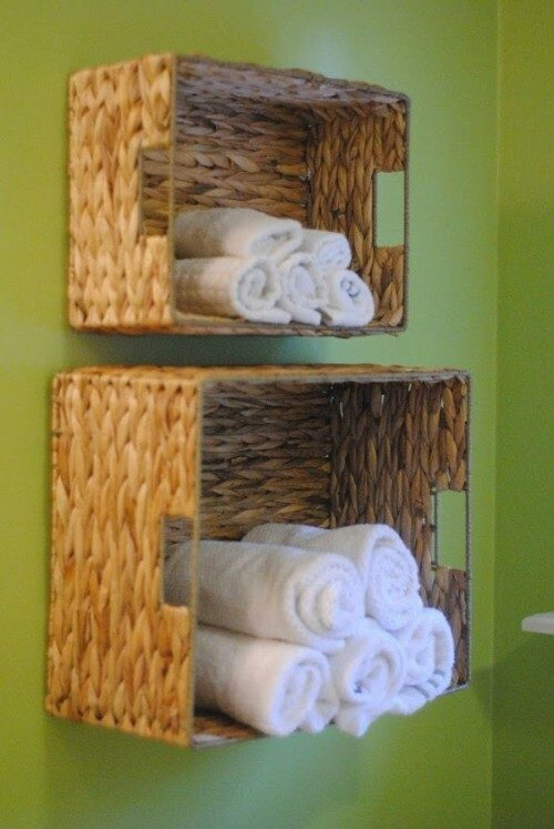 floating shelves with towels