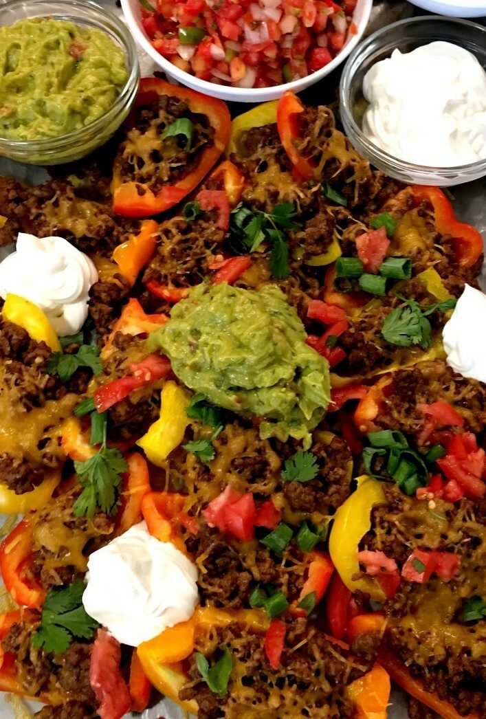 Low carb keto nachos. These bell pepper nachos are the perfect keto snack recipe. Try these low carb keto nachos that you will actually crave. Pinning for later!