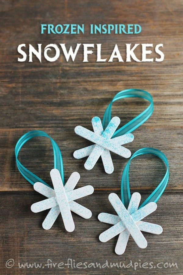 Christmas decor DIY. These Christmas ornaments are so easy to DIY. They are the perfect decor for your Christmas tree!